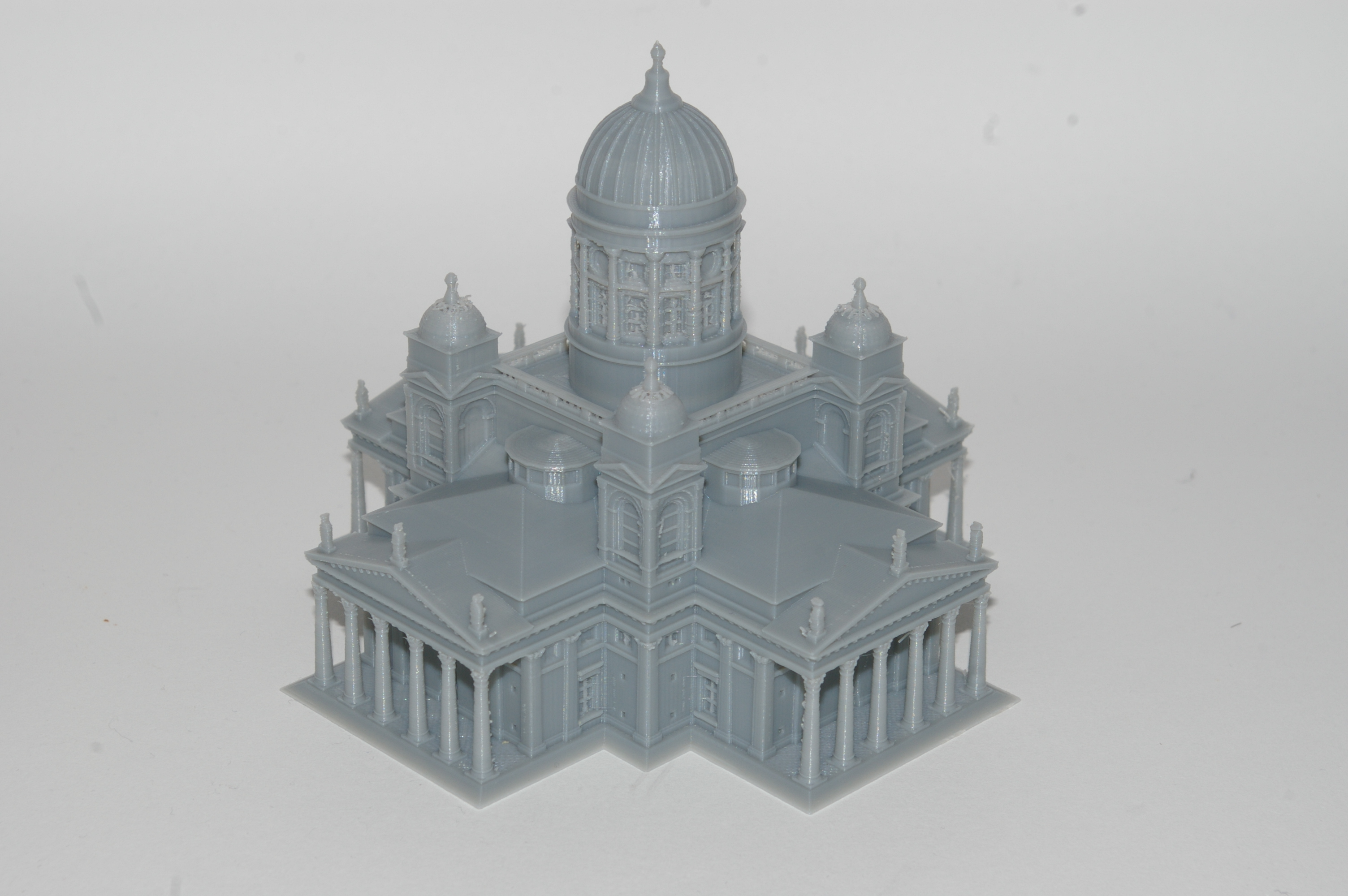 Le test de la cathédrale d'Helsinki.  Photo de l'industrie de l'impression 3D.